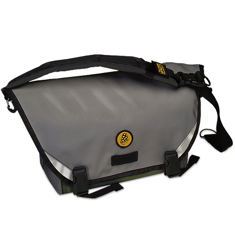 Cocotte Equipment Fred Compact Messenger in Smoke