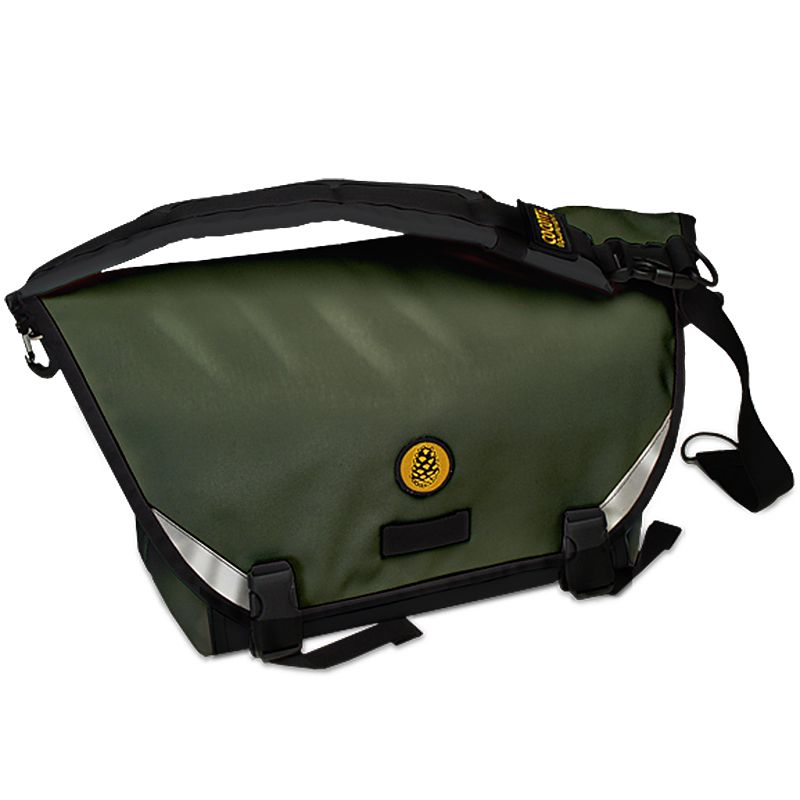 Cocotte Equipment Fred Compact Messenger in Olive