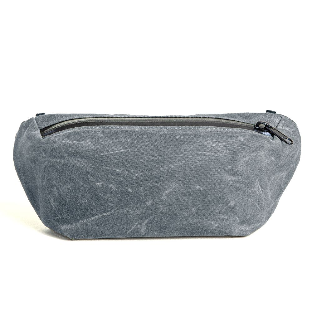 YNOT Sling Pack in Charcoal