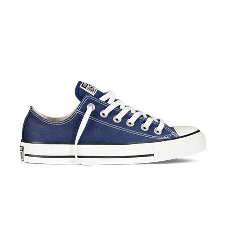 Chuck Taylor All Star Low Top in Navy