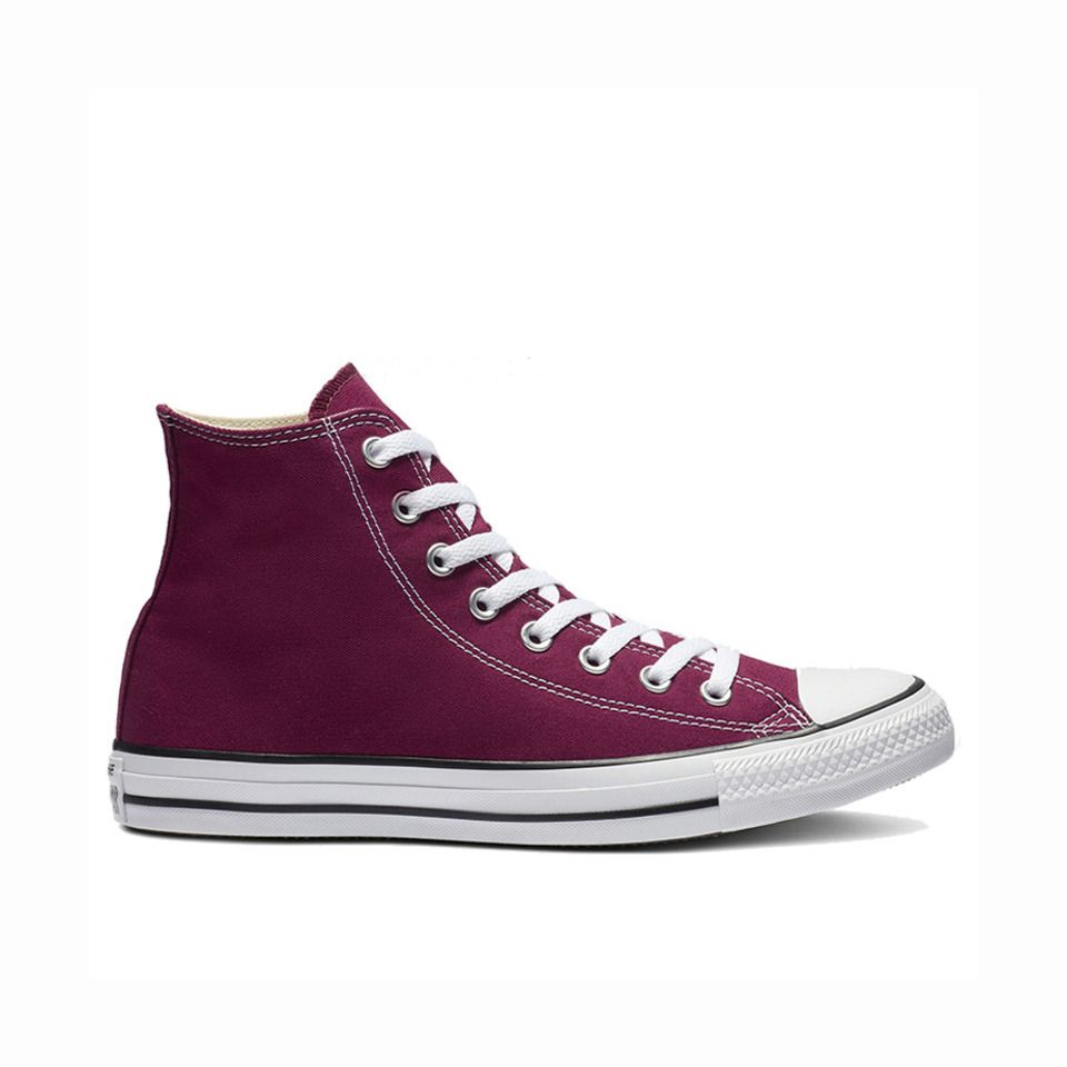 Chuck Taylor All Star High Top in Maroon