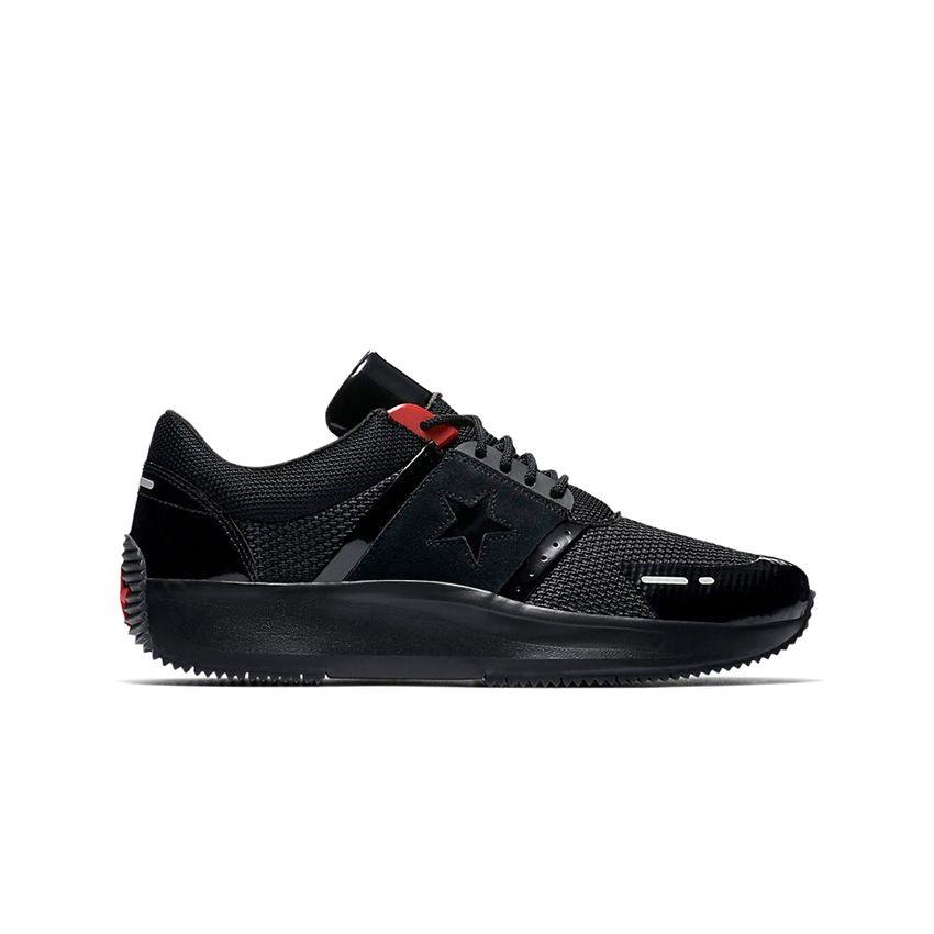 Converse Run Star Y2K Low Top in Black/Black/Red