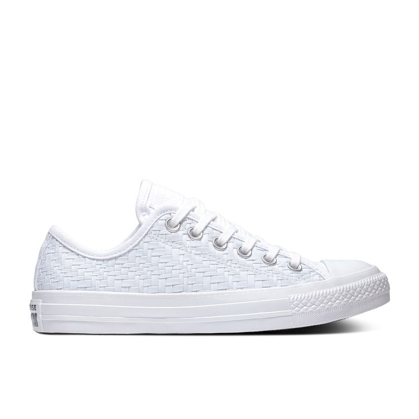 Converse Chuck Taylor All Star Low Top in White/Egret/White